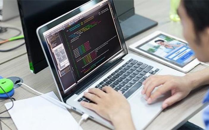 Tự học lập trình ứng dụng thông qua các tổ chức giáo dục